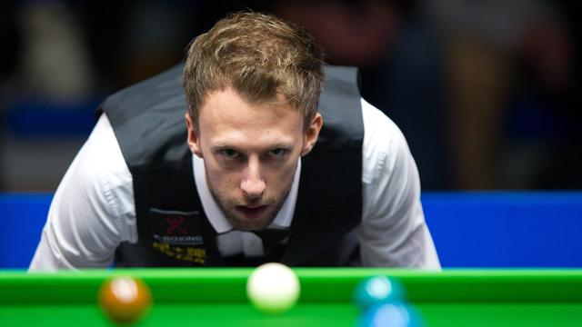 Judd Trump avoids upset against Jimmy Robertson
