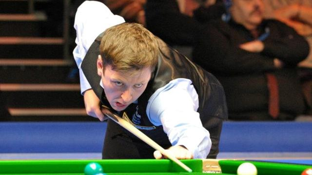 Snooker - Bingham to face Walden in Wuxi final