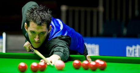 Snooker - Ford leads way