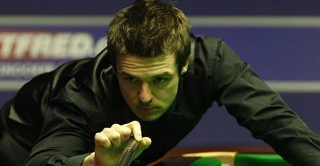 Snooker-Holt claims PTC10 title