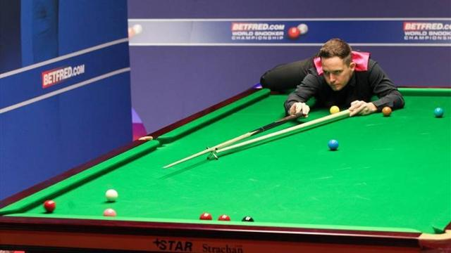 Snooker - Jones shocks world champion Higgins