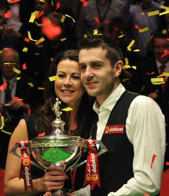 Mark Selby Vicky Snooker World Championship Trophy 2014