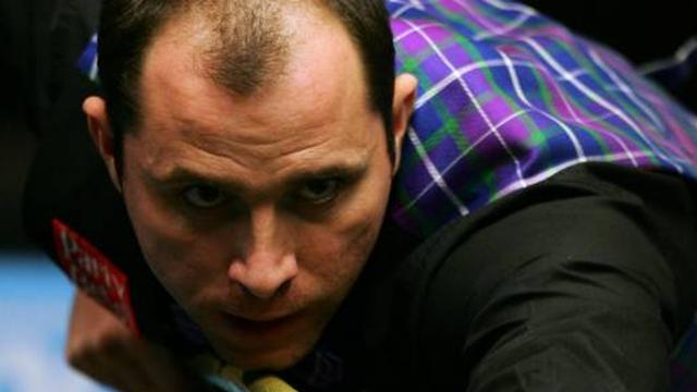 Snooker-Perry wraps up win over struggling Dott