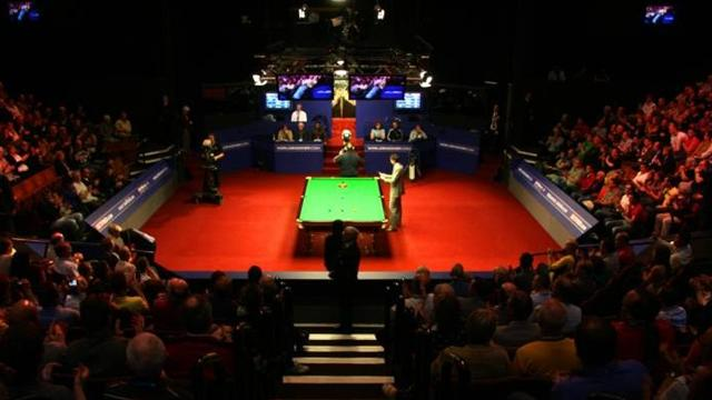 Snooker - World Snooker defends contracts again
