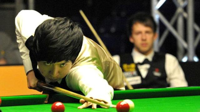 Snooker-Xiao stuns Trump in Galway